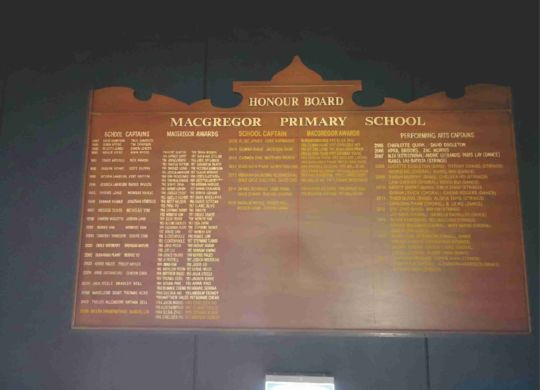 Update honour boards with different colour and style